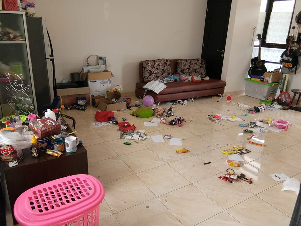 Image result for rumah kotor