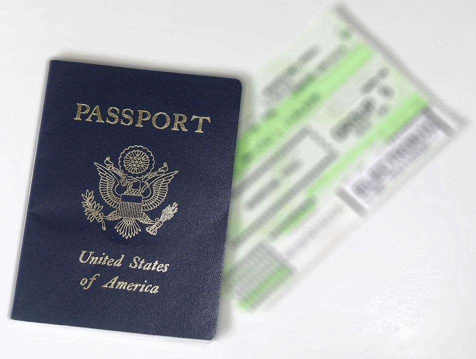 Jarang Diketahui, Ini Fungsi Tersembunyi dari Paspor