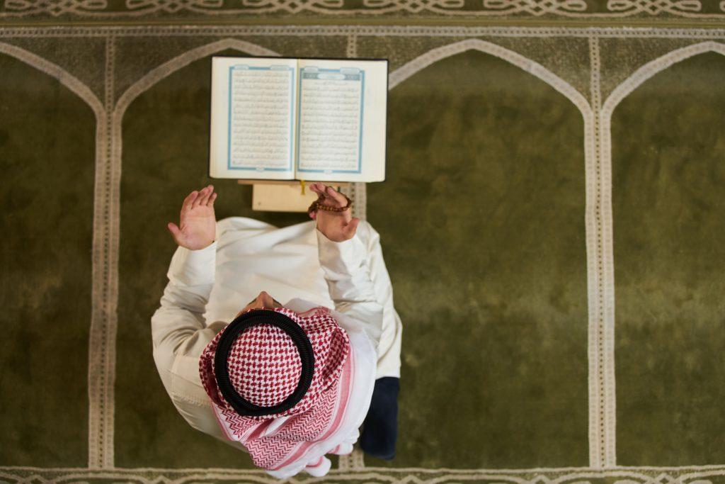 manfaat membaca doa qunut