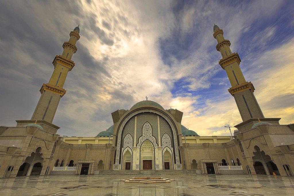 masjid terindah di malaysia